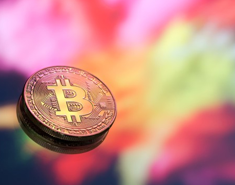 Are Some Banks on Wrong Side of History on Cryptocurrencies?